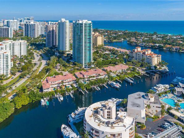 Case in vendita in Aventura, FL